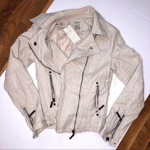 🆕 VERTIGO PARIS / soft cream moto jacket